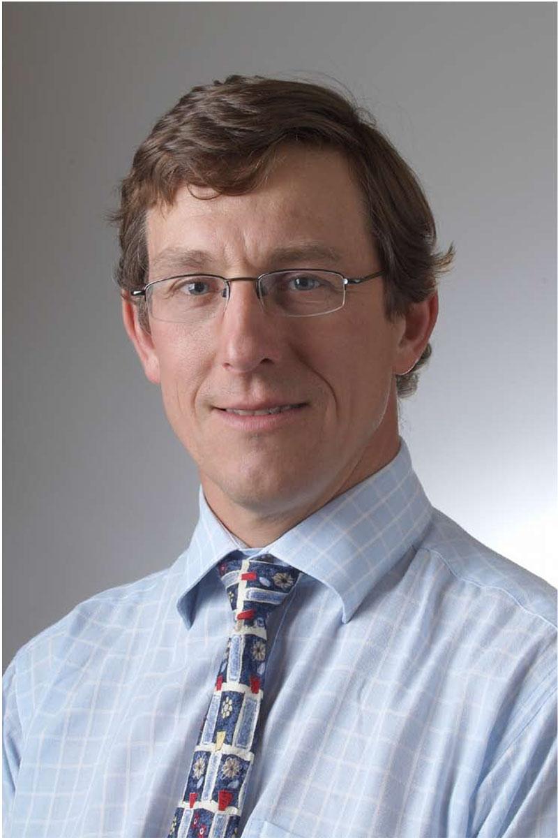 Dr Simon Macklin