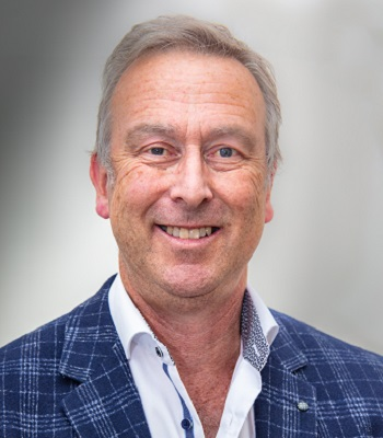 Dr Michael Goldblatt