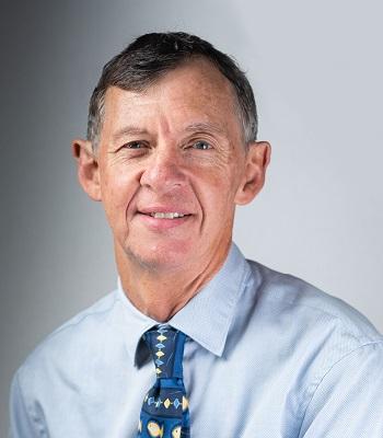 Dr Stephen Kinnear